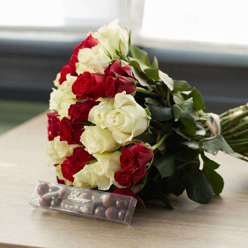 Pack Santa - 55 roses & billes chocolat noisette